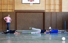 Foto von Fatma und Milla mit einer Aushilfsspielerin aus Gelsenkirchen