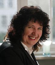 Porträt der abteilungsleitenden Pflegekraft Rita Elpers