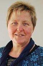 Foto zeigt Porträt von Frau Naundorf