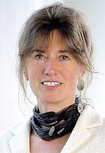 Foto zeigt Porträt von Frau Falkenstein-Sorg