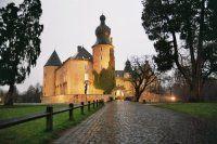 Burg im Dämmerlicht