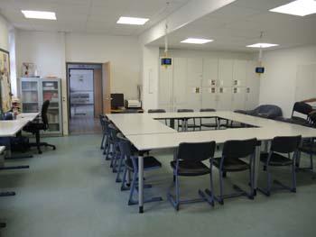 Der Essraum neben der Lehrküche
