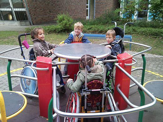 Unser Rollstuhl-Karussell