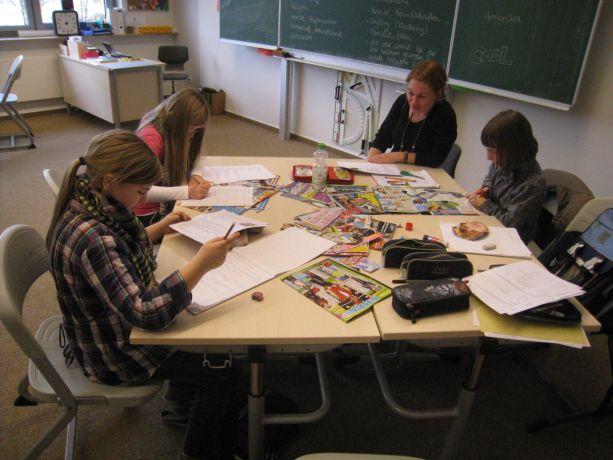 Diese Gruppe beschäftigt sich mit Jugendzeitschriften.