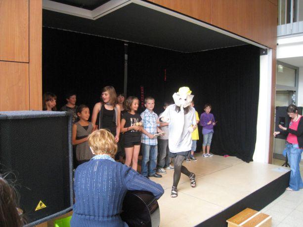 Die Schüler der OGS zeigten sich schon sehr routiniert bei ihrer Aufführung.