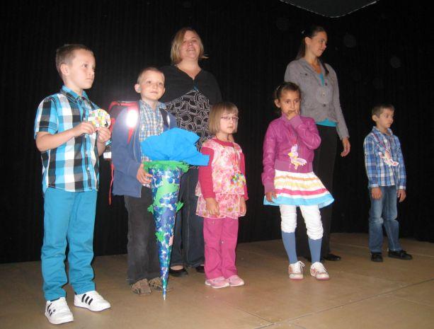 Das sind unsere neuen Schulkinder aus der Klasse E.