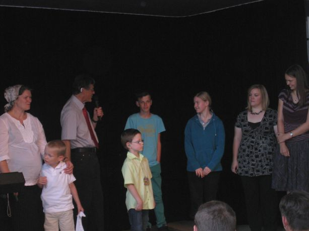 Auch alle andren Schüler, die die Moritz-von-Büren-Schule neu besuchen, werden kurz vorgestellt.