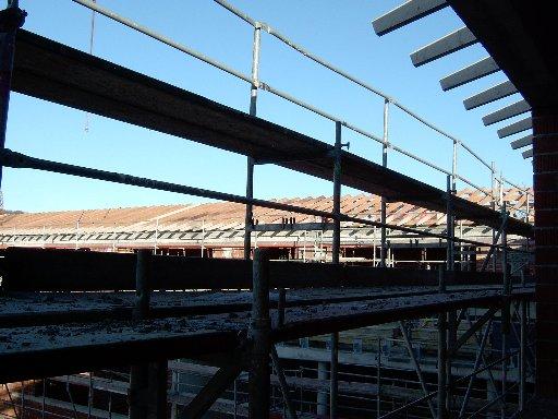 Im ersten Stock sieht man die Dachbalken schon viel näher.