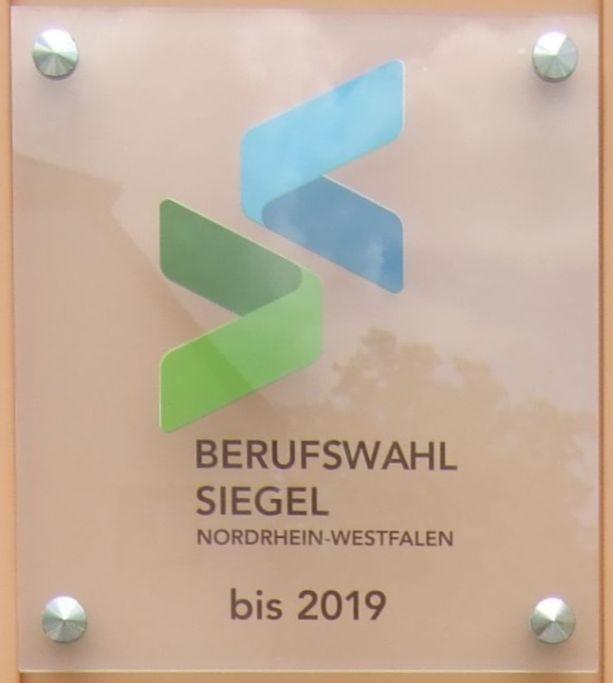 Bis 2019 darf die Moritz-von-Büren-Schule nun das Siegel führen.