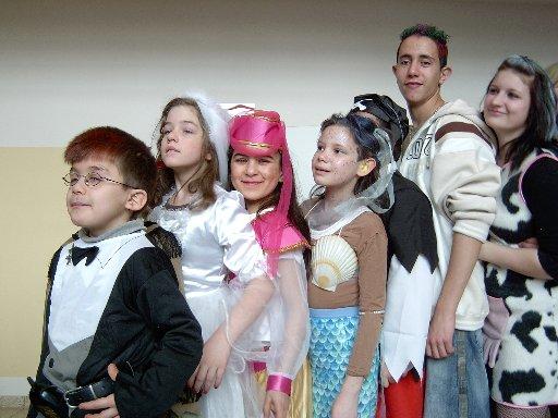 Nun treten alle an zum Kostümwettbewerb.