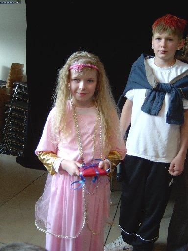 Die Jury wählt die Prinzessin auf den 3. Platz.