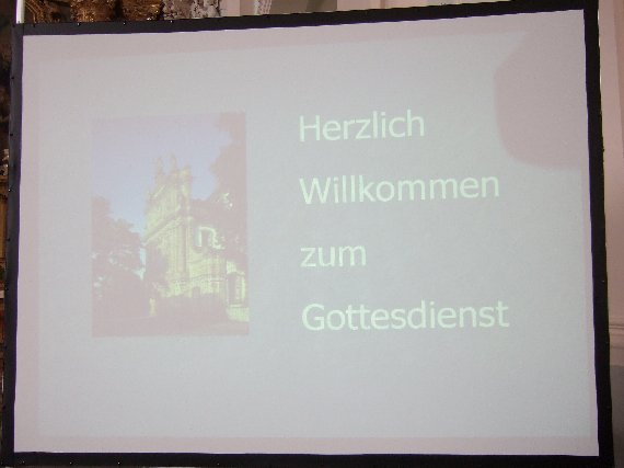 Frau Ziemssen lädt herzlich zur Teilnahme am Gottesdienst in der Jesuitenkirche ein.