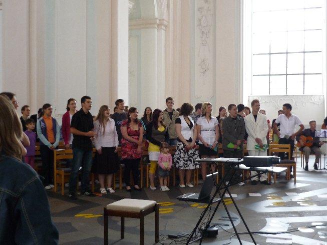 Der letzte Tag für Klasse 10 beginnt mit einem Gottesdienst in der Jesuitenkirche.