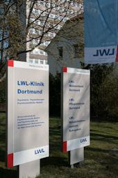 Eingang zur LWL-Klinik Dortmund