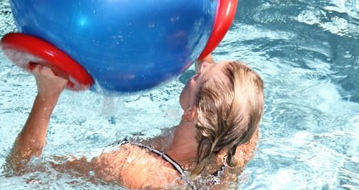 Sprung ins warme Wasser