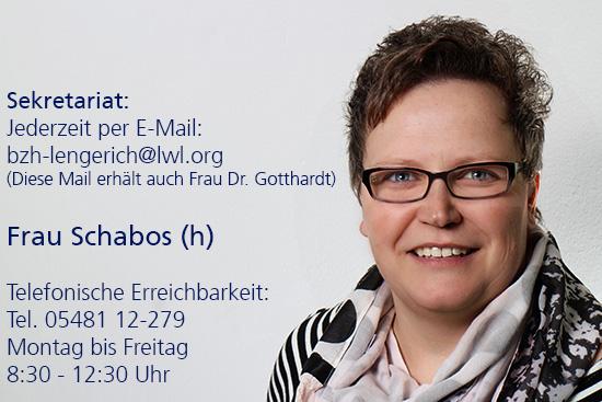Porträtfoto von Frau Schabos