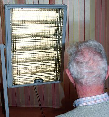 Foto zeigt Patient bei Lichttherapie