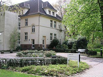 Foto zeigt Gebäude der Tagesklinik für Gerontopsychiatrie
