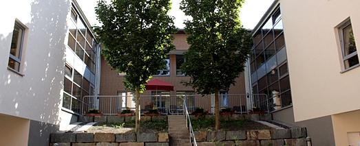 Eingang vom Innenhof aus