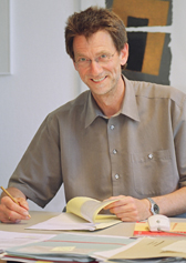 Das Foto zeigt Reinhard Klotz. Foto: Stephan Sagurna, LWL-Medienzentrum für Westfalen/LWL