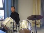 Herr Casucelli leitet die Maßnahme der Musikschule