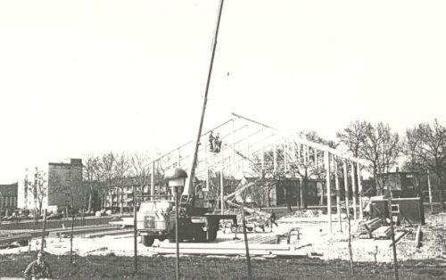 Der Bau der Turnhalle (1985-1988)