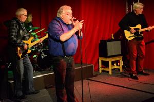 Bilddatei: Harmonica Pete and the Blues Jukes_300x200px.jpg