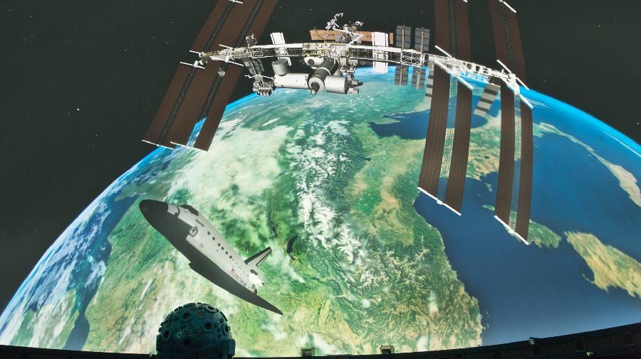 Faszination_Weltall_ISS(c)LWL,Oblonczyk.jpg