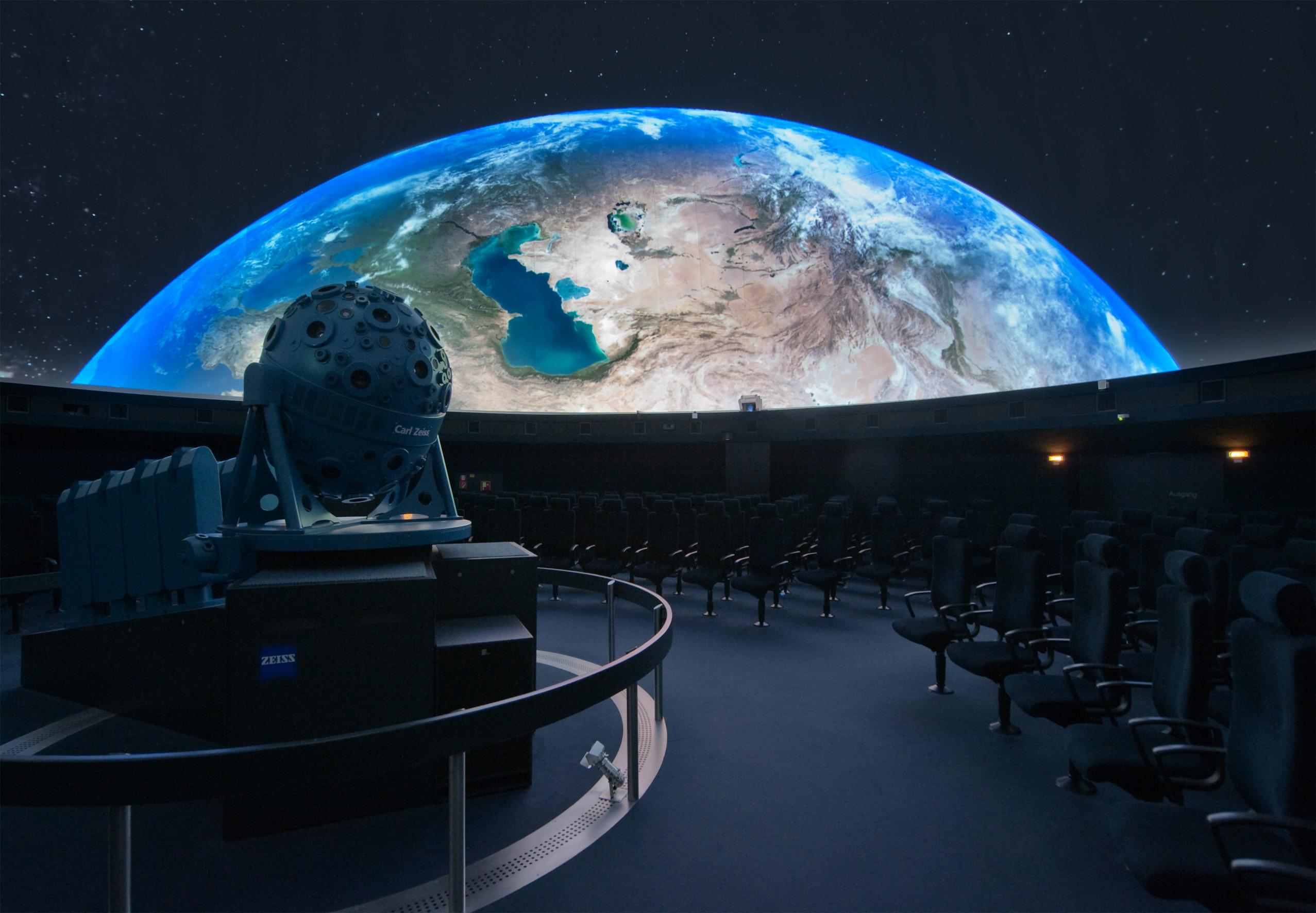 Bilddatei: Planetarium06(C)LWL,Oblonczyk.jpg