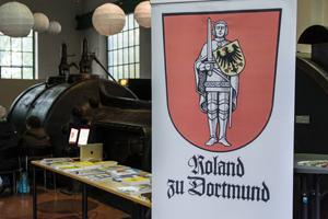 Bilddatei: Genealogen_Roland zu Dortmund.jpg