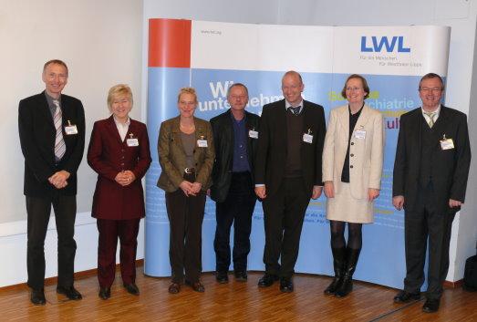 Gruppenfoto der Vortragenden des 25. Expertengespräches 'Psychiatrie und Recht'