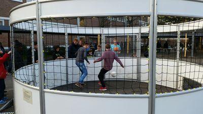 Immer ausgebucht: Der Soccer-Cage!