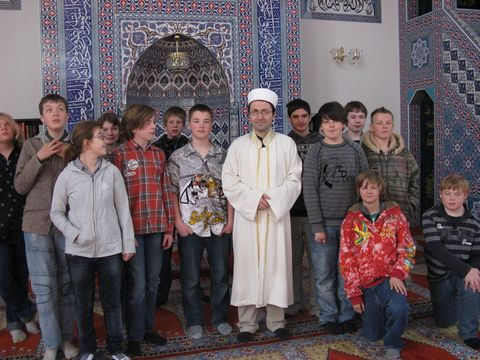 In der Moschee!