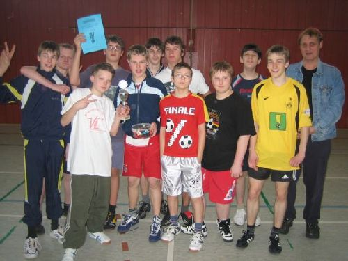 Das Siegerteam: Die Klasse 8a!