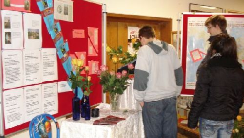 Informationen über fair gehandelte Rosen gab es gratis dazu!