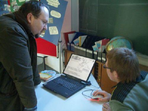 Schüler präsentieren ihr Praktikum! (hier auch mit Powerpoint-Präsentation!)