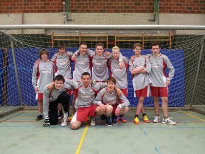 Das Hallen-Fussball-Team der MLK-Schule