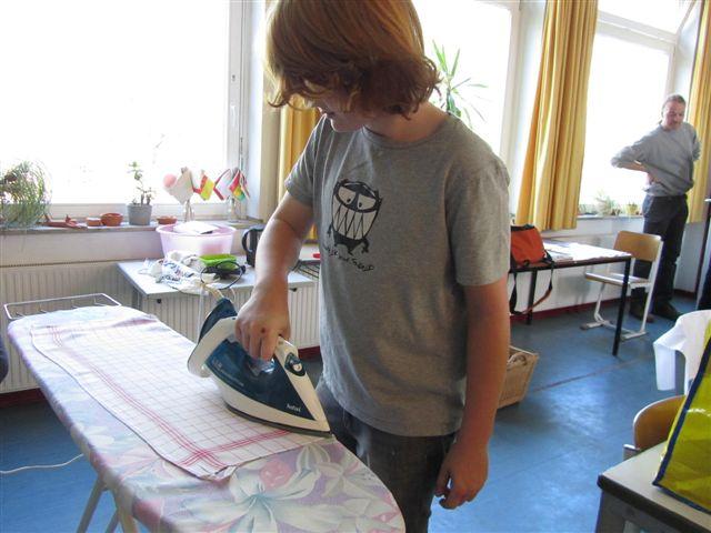 Alles glatt? Bügeln will gelernt sein!
