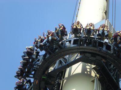 Free-Fall Tower! Man erkennt Henrik und Vivien!?
