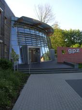 Gebäudefoto des GPZ in Detmold.