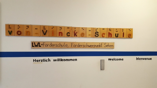 von-Vincke-Schule Schriftzug zum Tasten