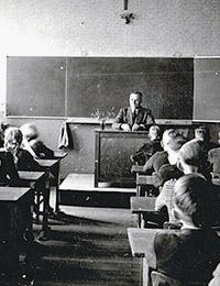 Klasse des Lehrers Bednorz, Dorfbauerschaftsschule, Nachkriegszeit (Ausschnitt) / Rheine-Mesum, Josef Bednorz