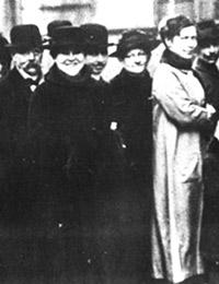 Wählerinnen und Wähler in Arnsberg bei der Wahl zur Nationalversammlung am 19.01.1919 / Foto: Münster, LWL-Medienzentrum für Westfalen, 01_5291-1