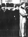 Wählerinnen und Wähler bei der Wahl zur Nationalversammlung am 19.01.1919 / Foto: Münster, LWL-Medienzentrum für Westfalen, 01_5291-1