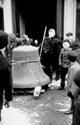 Raesfeld im Zweiten Welkrieg: Abtransport einer Kirchenglocke, Februar 1942