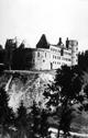 Die ausgebrannte Wewelsburg nach dem Ende der SS-Herrschaft, 1945 / Privatbesitz