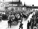 Aufmarsch einer französischen Artillerie-Einheit am Essener Hauptbahnhof, Januar 1923 / Münster, Verlag Aschendorff